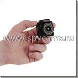 Миниатюрная Full HD камера JMC DС-80 в руке