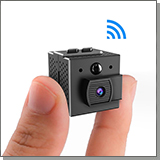 JMC WF-98 миниатюрная Wi-Fi IP-камера в руке
