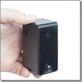 Автономная Wi-Fi IP Full HD МИНИ камера JMC WF10-2P - в руке